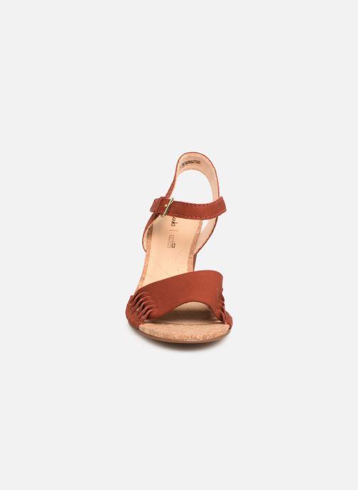 Sandales et nu-pieds Clarks Spiced Poppy Rouge vue portées chaussures
