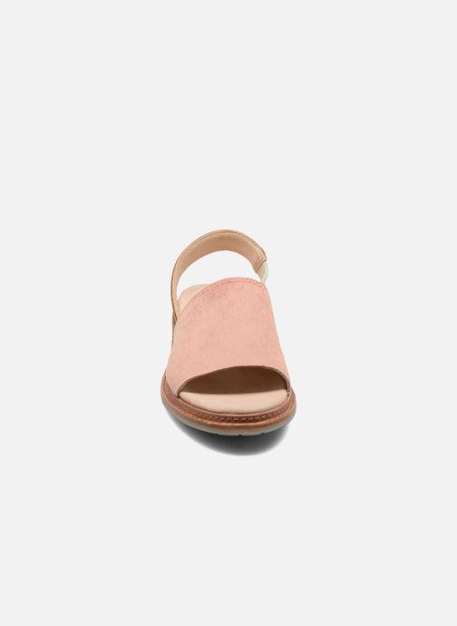 Sandales et nu-pieds Clarks Trace Stitch Rose vue portées chaussures