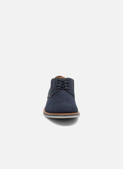 Snøresko Clarks Atticus Lace Blå se skoene på