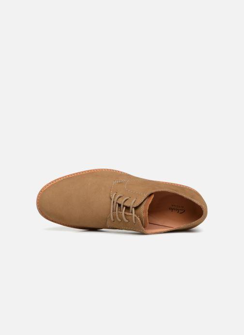 Zapatos con cordones Clarks Atticus Lace Beige vista lateral izquierda