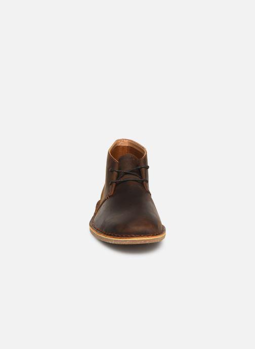 Boots Clarks Baltimore Mid Brun bild av skorna på
