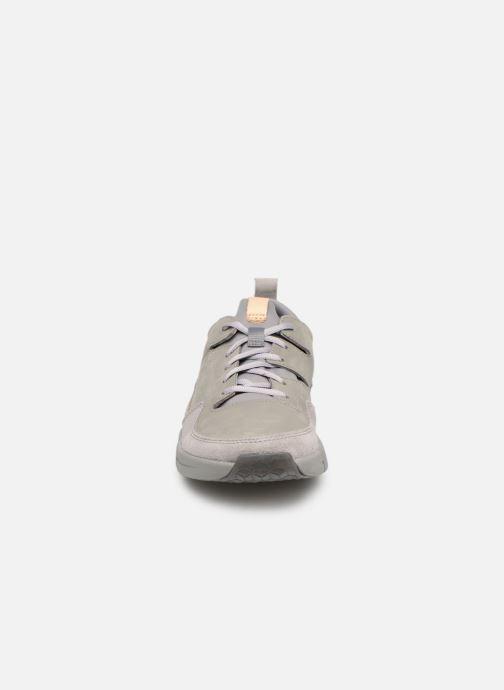 Baskets Clarks TriActive Run Gris vue portées chaussures