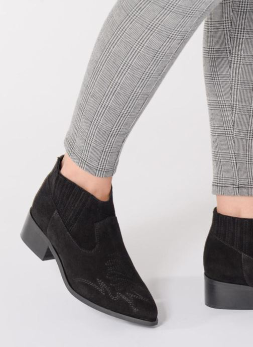 Ankle boots Vero Moda TOBIA LEATHER BOOT Black view from underneath / model view