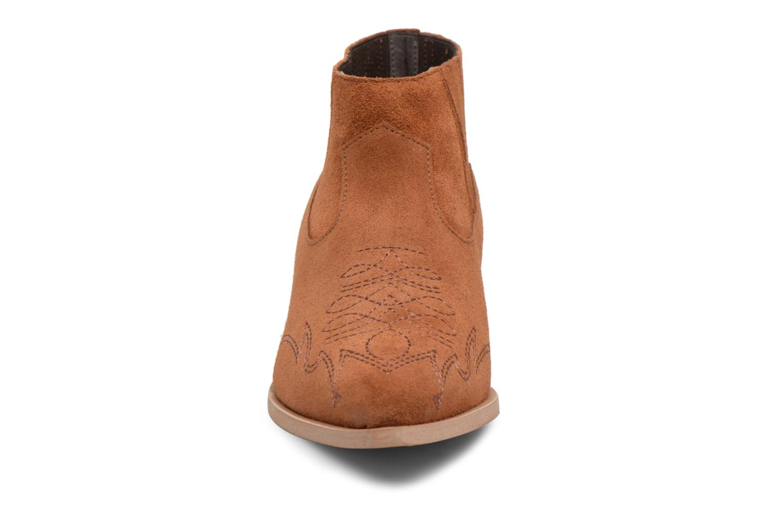 Ankle boots Vero Moda TOBIA LEATHER BOOT Brown model view