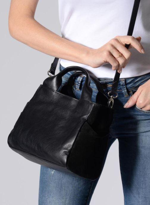 Handbags Clarks Talara Wish Black view from underneath / model view