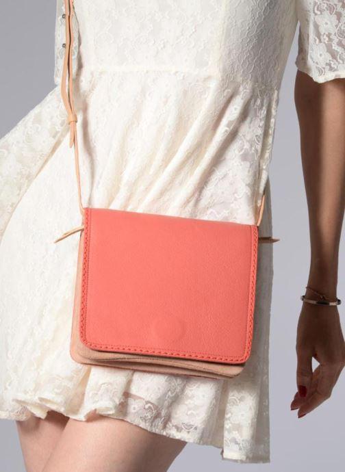 Handtaschen Clarks Teddington Way orange ansicht von unten / tasche getragen