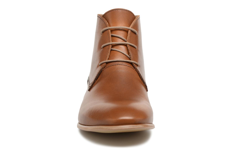 Chaussures à lacets Georgia Rose Anilace Marron vue portées chaussures