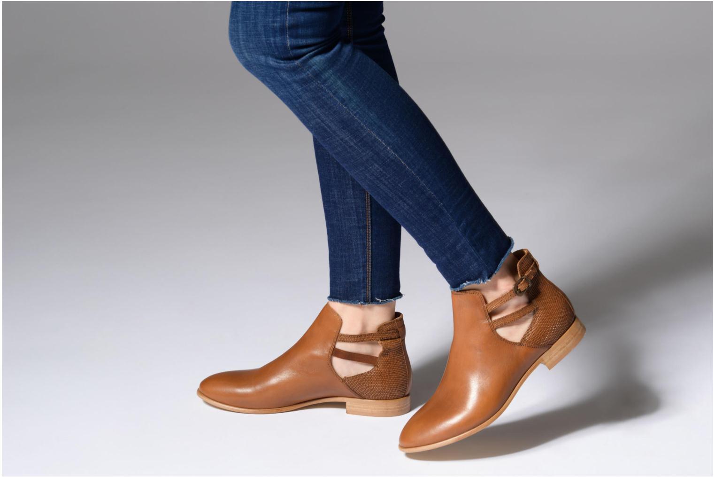 Bottines et boots Georgia Rose Anistripe Marron vue bas / vue portée sac