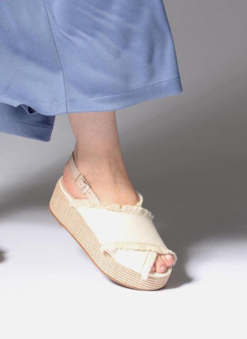 Sandales et nu-pieds Georgia Rose Afrane Beige vue bas / vue portée sac