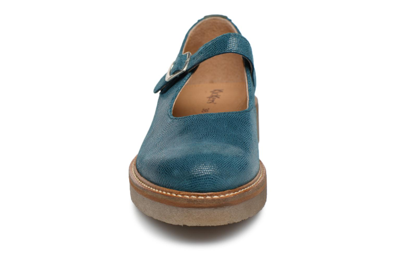 Ballerines Kickers Oxitane Bleu vue portées chaussures