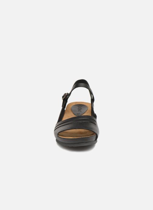 Sandales et nu-pieds Kickers Tokimas Noir vue portées chaussures