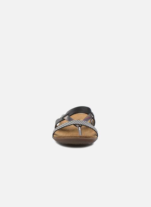 Zoccoli Kickers Atila Nero modello indossato