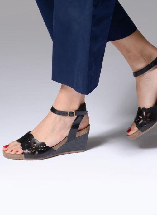 Sandales et nu-pieds Kickers Simply Noir vue bas / vue portée sac