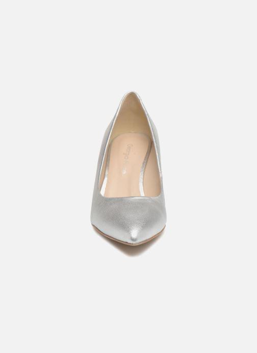 Zapatos de tacón Georgia Rose Rosali Plateado vista del modelo
