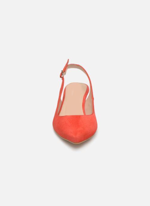 Zapatos de tacón Georgia Rose Sokit Rojo vista del modelo