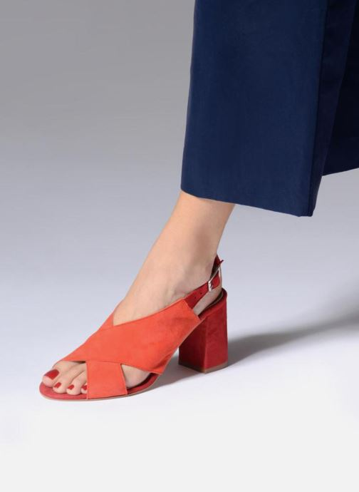 Sandales et nu-pieds Georgia Rose Sofiane Rouge vue bas / vue portée sac