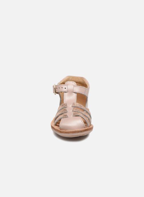 Sandali e scarpe aperte Minibel Kegepy Rosa modello indossato