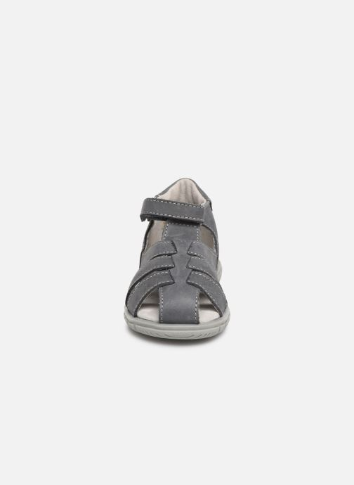 Sandales et nu-pieds Minibel Pavie Gris vue portées chaussures