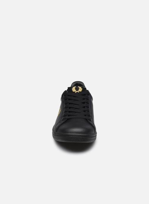Sneaker Fred Perry B721 Leather schwarz schuhe getragen