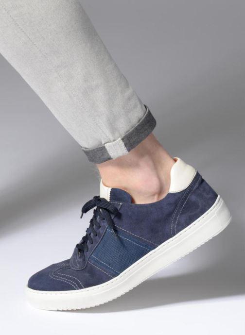 Sneaker Mr SARENZA Rolger blau ansicht von unten / tasche getragen