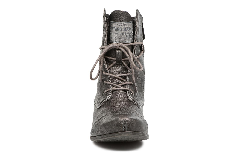 Bottines et boots Mustang shoes 1187517 Damen Schnür-Stiefelette Gris vue portées chaussures