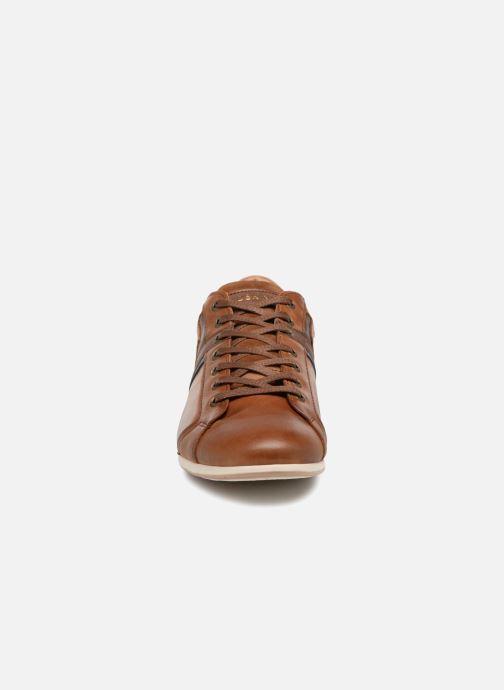 Sneakers Redskins Wasek Marrone modello indossato
