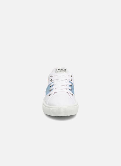 Baskets Levi's Malibu S Blanc vue portées chaussures