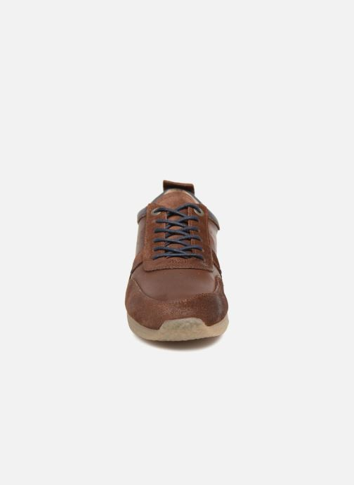 Baskets Kickers Olympei Marron vue portées chaussures