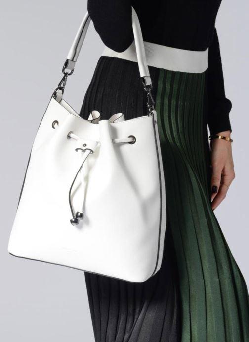 Handtaschen Hexagona Seau Riviera grau ansicht von unten / tasche getragen
