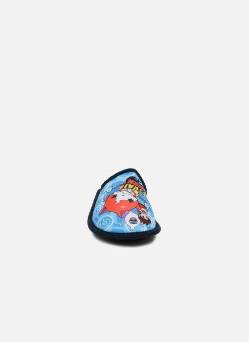 Chaussons Yo-Kai Watch  Sisco Bleu vue portées chaussures
