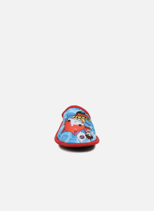 Hausschuhe Yo-Kai Watch  Sisco rot schuhe getragen
