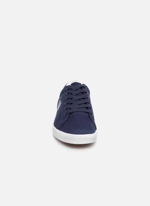 Baskets Fred Perry Baseline Canvas Bleu vue portées chaussures
