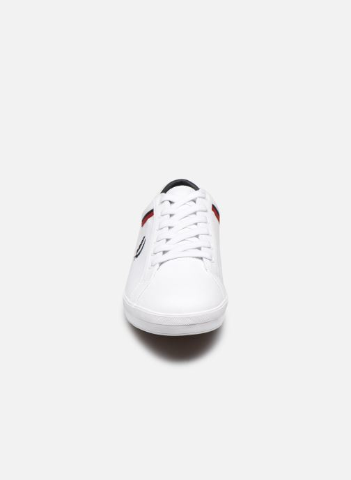 Baskets Fred Perry Baseline Canvas Blanc vue portées chaussures