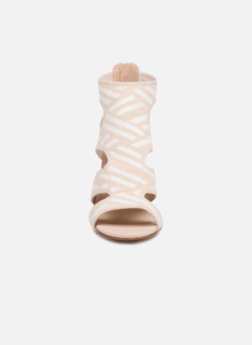 Sandales et nu-pieds What For Effy Beige vue portées chaussures