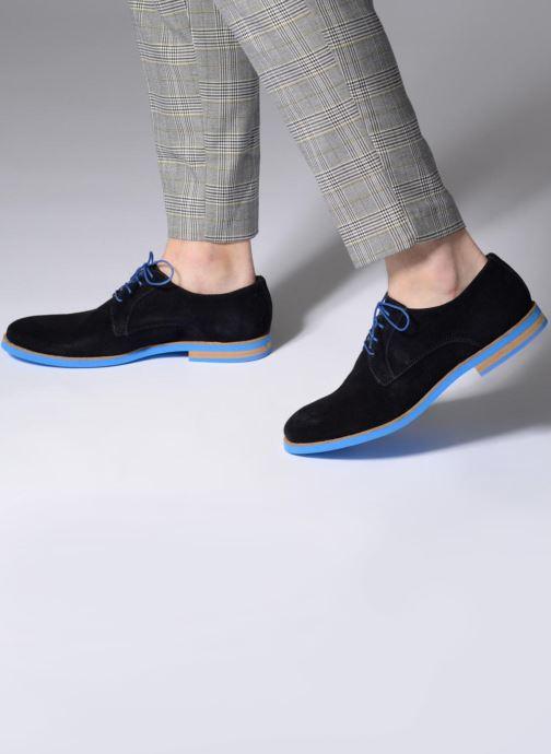 Chaussures à lacets Mr SARENZA Sheffield Bleu vue bas / vue portée sac