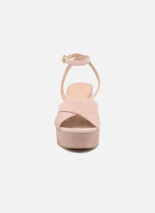 Sandali e scarpe aperte What For Astrid Rosa modello indossato