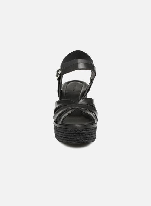 Sandalen What For Claudette WF536 schwarz schuhe getragen