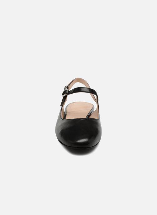 Ballerine What For Berenice Nero modello indossato