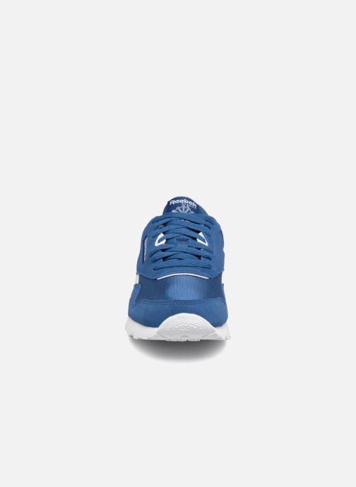 Baskets Reebok CL NYLON 1 Bleu vue portées chaussures