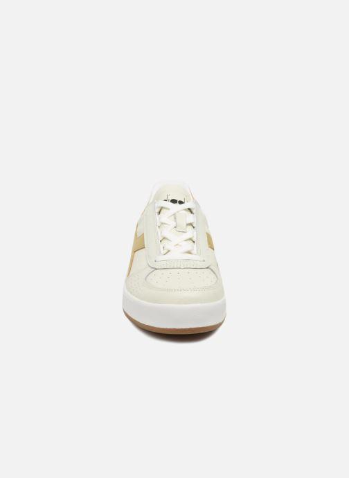 Baskets Diadora B.ELITE L Blanc vue portées chaussures
