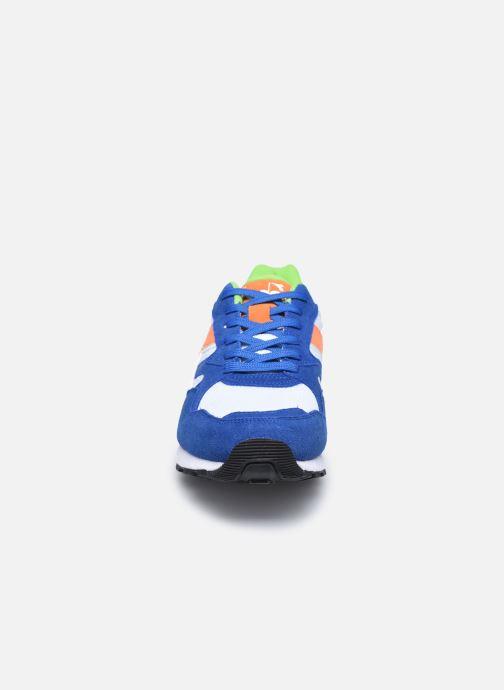Baskets Diadora N902 S Multicolore vue portées chaussures