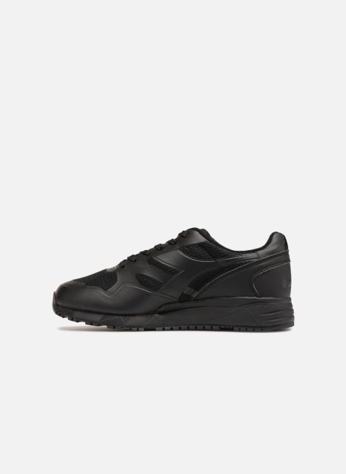 Trainers Diadora N902 MM Black front view