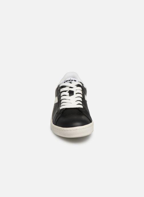 Sneakers Diadora GAME L LOW W Nero modello indossato