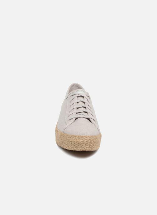 Sneakers Keds Triple Kick Jute Grigio modello indossato