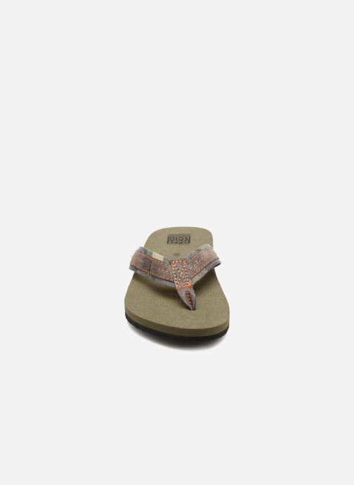 Tongs Gioseppo Leyenda Vert vue portées chaussures