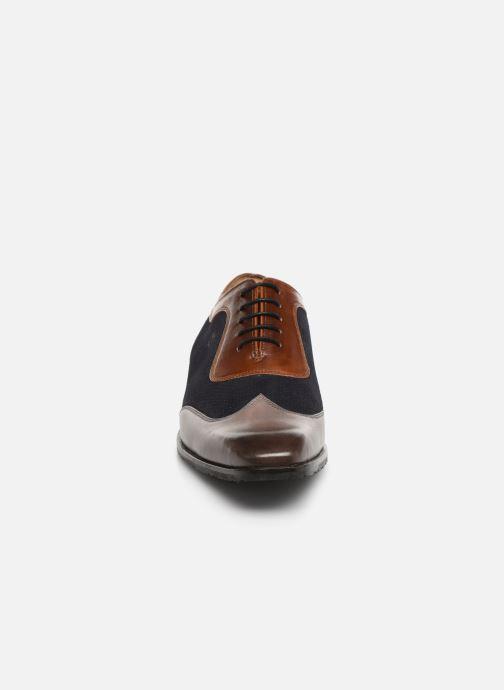 Zapatos con cordones Melvin & Hamilton Rico 8 Azul vista del modelo