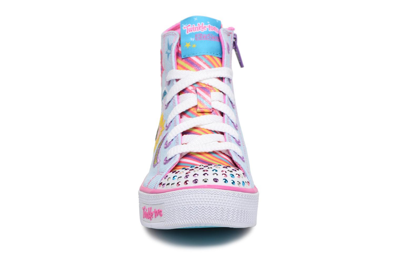 Baskets Skechers Shuffles Txist N Turns Blanc vue portées chaussures