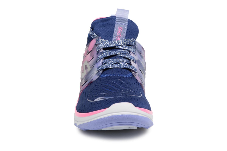 Sportschuhe Skechers Diamond Runner blau schuhe getragen