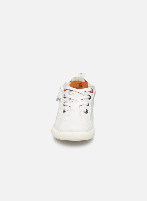 Baskets Kickers Chicago Bb Blanc vue portées chaussures