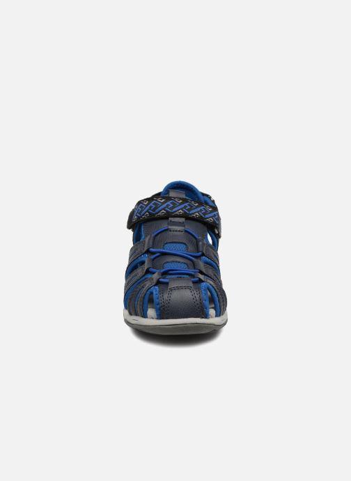 Sandalias Kickers Kawa Azul vista del modelo